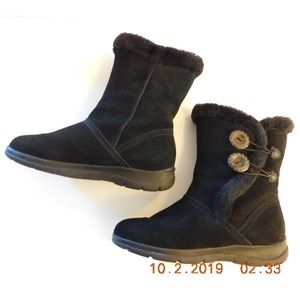 White Mountain Trip Suede Boot Faux Fur Lined